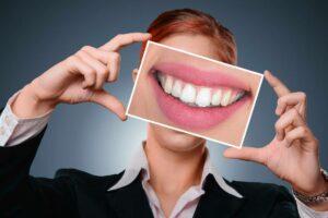 Tips til at få hvide tænder?
