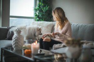 Lån af penge fra hjemmets trygge ramme - Sådan gør du
