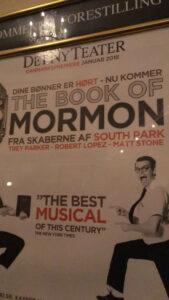 The Book of Mormon på Det Ny Teater - Fremragende, fantastisk fræk (anmeldelse)