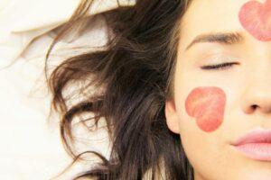 3 ansigtsbehandlinger der kan være lige dig