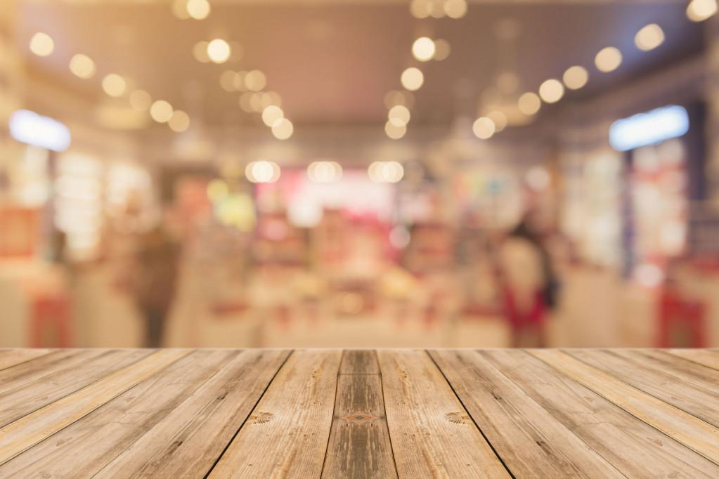 Vedligeholdelse og behandling af plankebord – sådan gør du